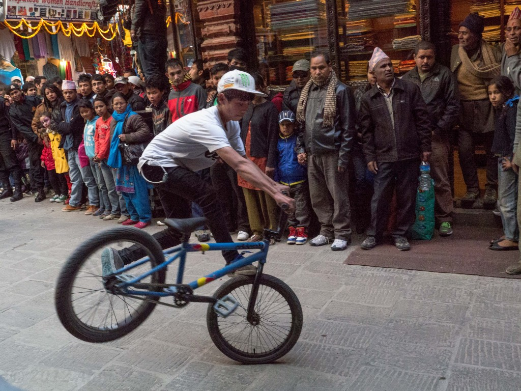 More bike stunts at the street festival